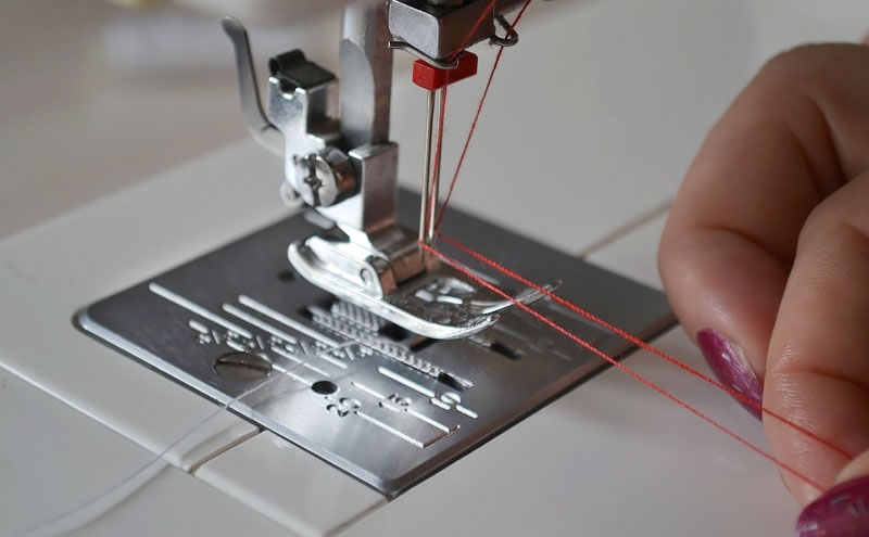 Як шити подвійною голкою